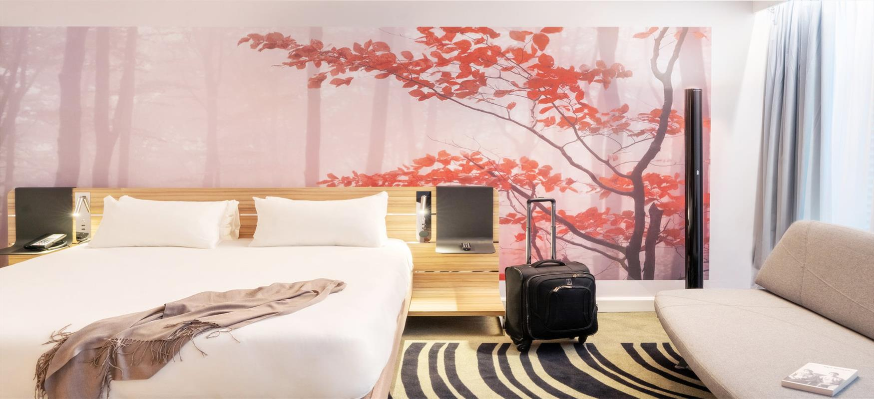 Novotel bedroom header