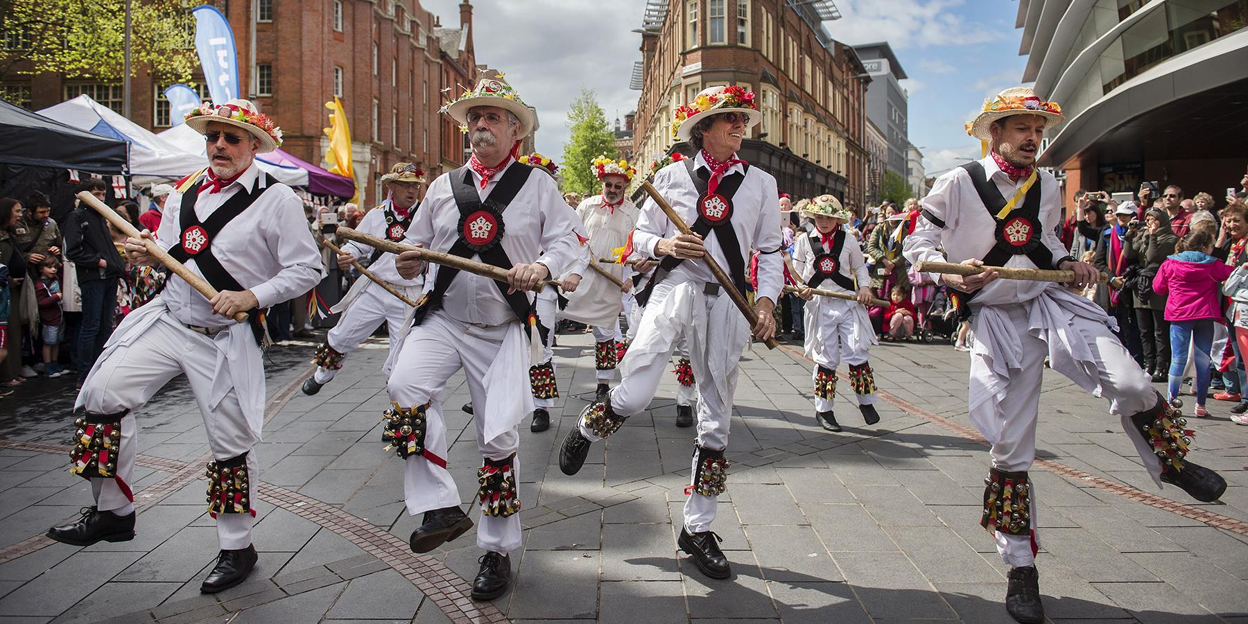 Traditionally English ways to celebrate St George's Day in Leicester