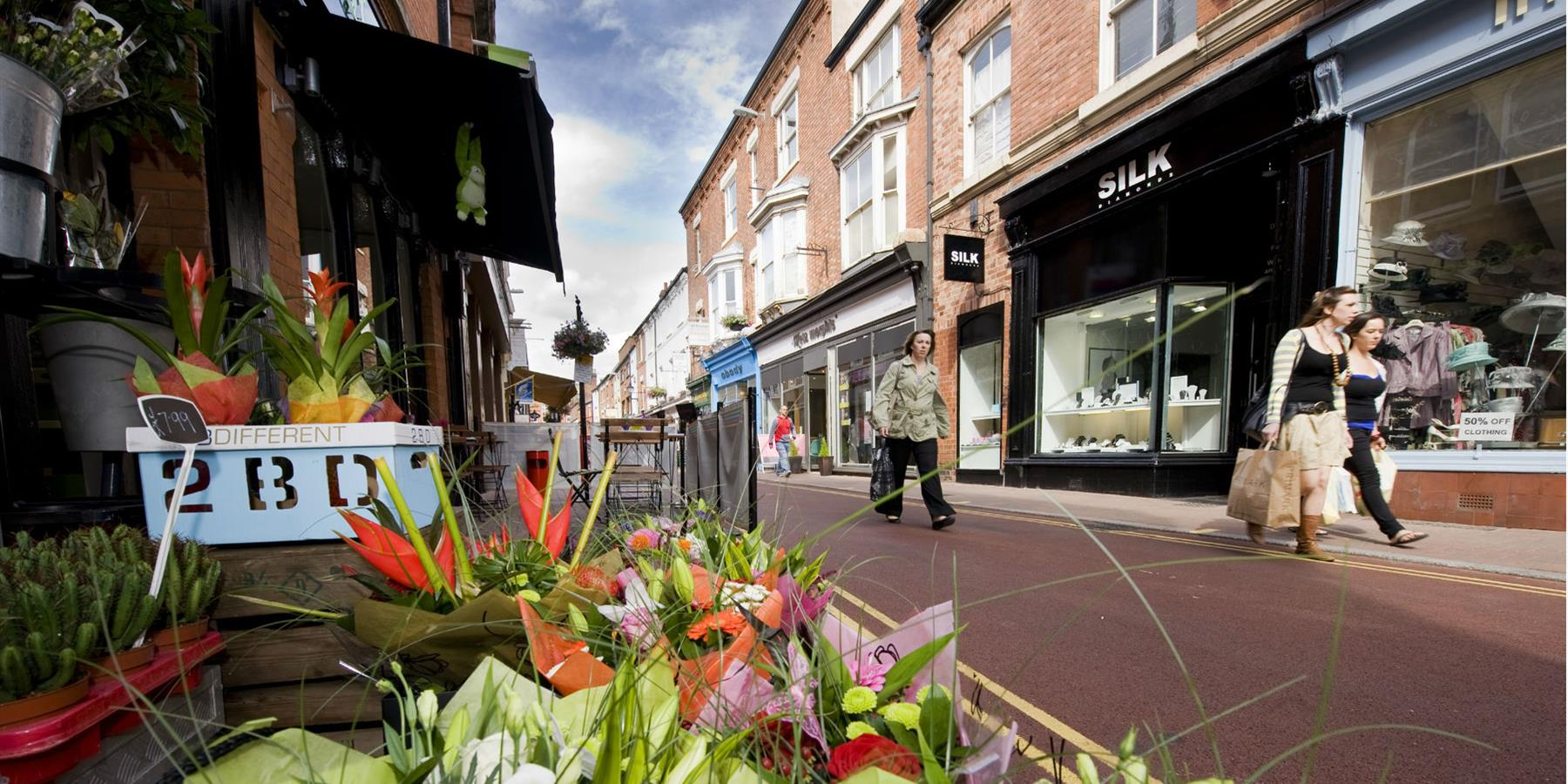 Shops and Markets, Shopping in Leicester