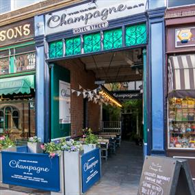 The Case - Champagne Bar and Snug, Bars - Eating and Drinking in Leicester