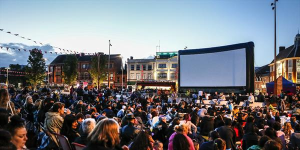 outdoor cinema on jubilee square